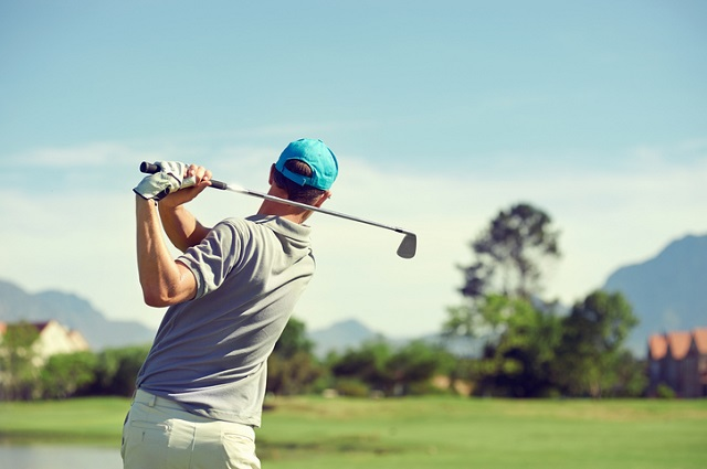 Common causes of golf injuries